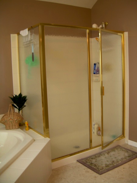 9c-penfield-ny-master-bath-shower-before